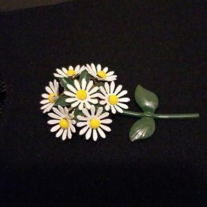 DAISY Vintage pin